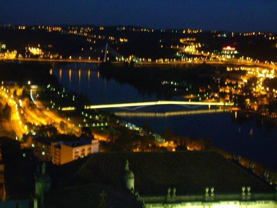 University of Coimbra : Coimbra ao entardecer - vista do rio Mondego