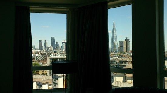 H10 London Waterloo : Ventanas.