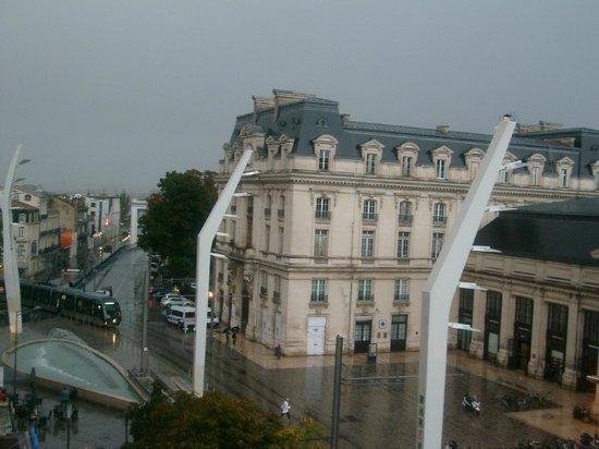 Ibis Bordeaux Centre Gare Saint-Jean Euratlantique : view from the room