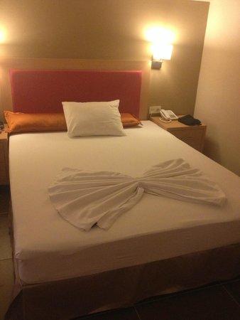 Kentia Apartments: room