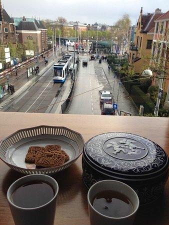 Hotel Museumzicht: Delicioso cha com biscoitos no final da tarde.. com uma vista incrivel!!!