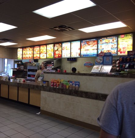 Dairy Queen: Clean and nice