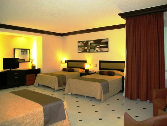 Hotel El Conquistador : hab. estandar triple