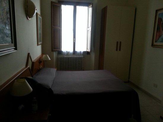 Hotel Maxim: Chambre