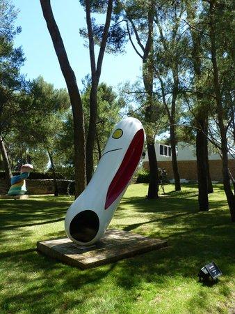 Fondation Maeght : Sculpture de Miro