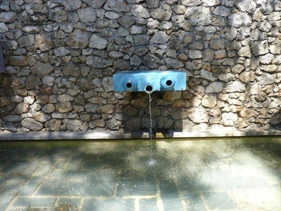 Fondation Maeght : Fontaine de Miro