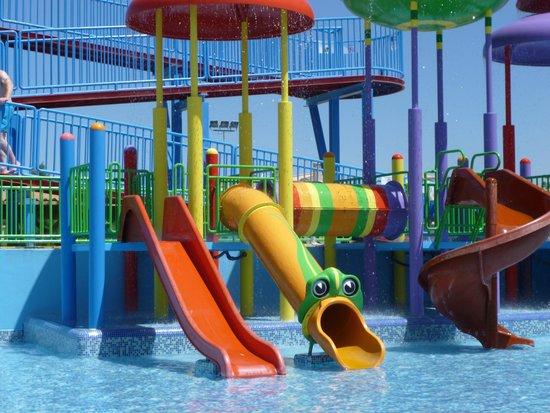 Holiday Village Algarve Balaia: splash pool