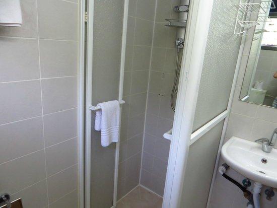 Sun City Hotel : bath