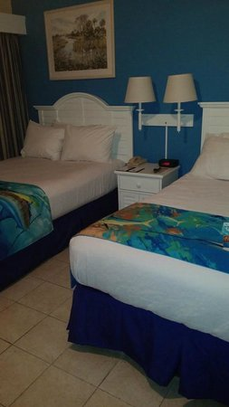 Islander Resort, a Guy Harvey Outpost: Comfy and fresh!