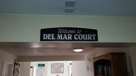 Del Mar Court Self Catering Apartments : entrance