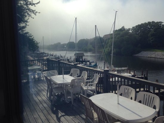 ‪‪The Boathouse Grill‬: The view from the Boathouse Grill's window tables!‬