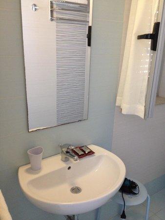 B&B Piazza Vittorio: Bathroom