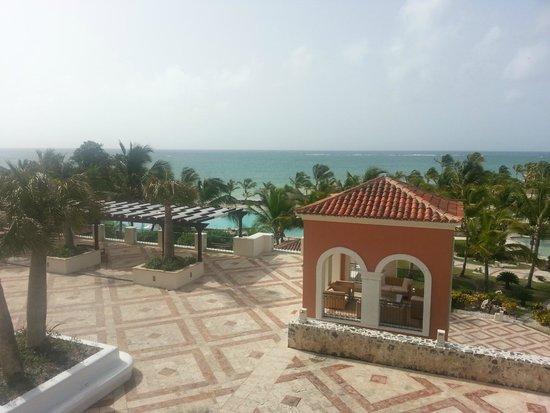 Sanctuary Cap Cana by AlSol: Main Plaza