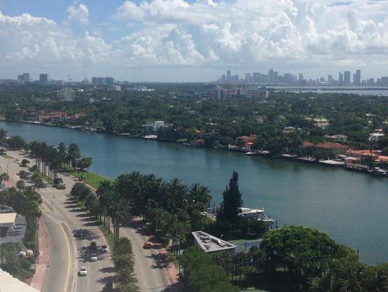 Design Suites Miami Beach: Very nice view!!!