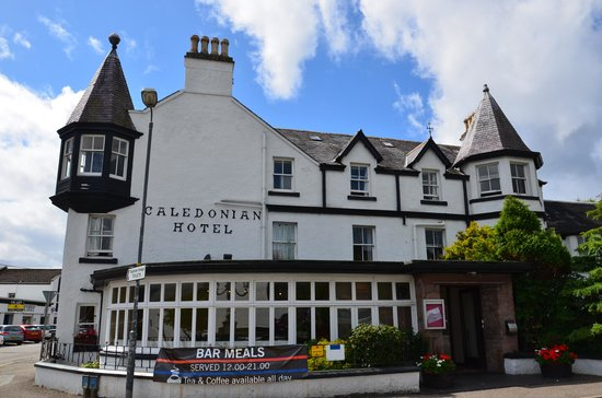 Caledonian Hotel: Esterno