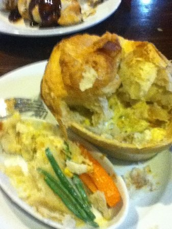 Irvine, UK: Chicken and banana pie