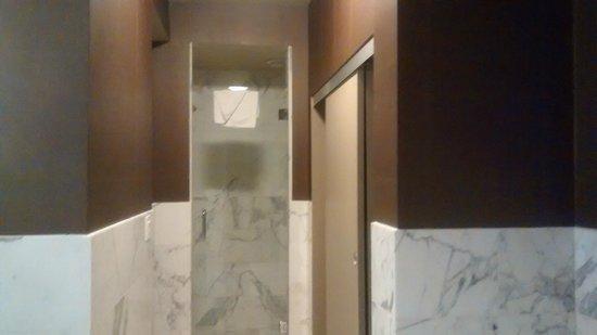 Plaza Hotel & Casino: Banheiro