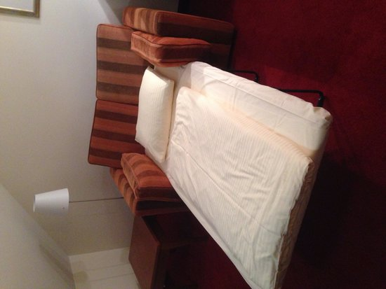 Hotel Rothof: Sofa bed