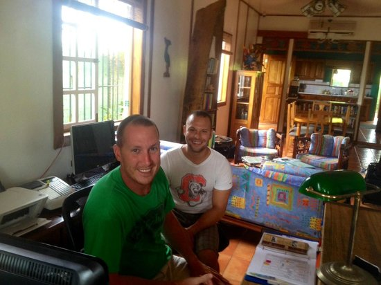 Hotel Lula's Bed and Breakfast : Owners Chad and Josh, ex Atlanta firemen