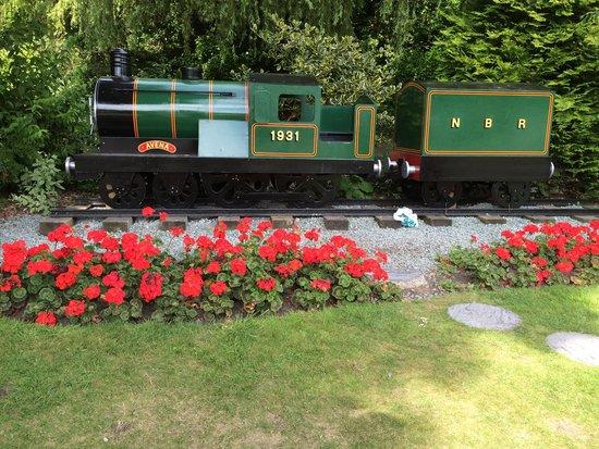 North Bay Railway : Beautiful entrance