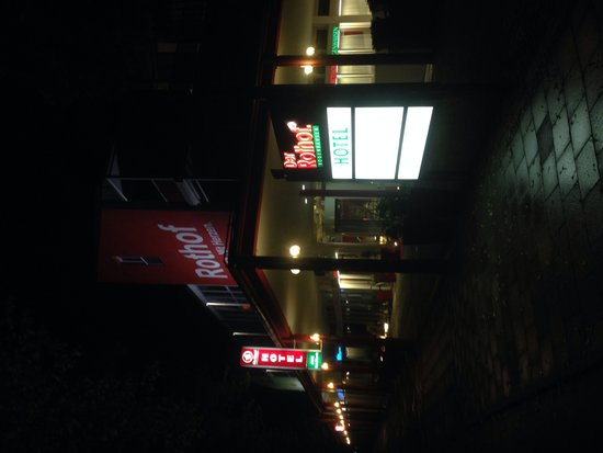 Hotel Rothof: Hotel at night
