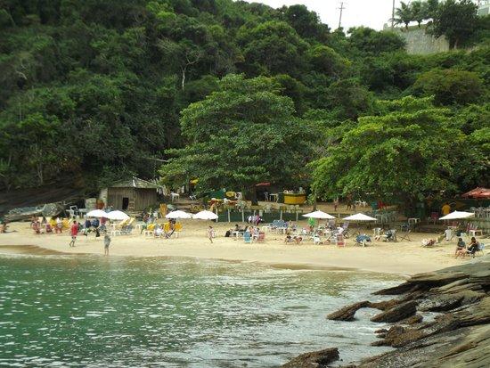 Joao Fernandinho Beach: Fernandinho encanta em cenário perfeito