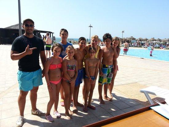 VIK Gran Hotel Costa del Sol: Actividades en la piscina con Cristina
