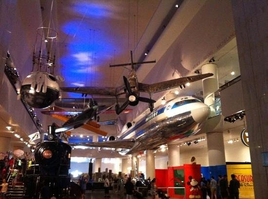 Museum of Science and Industry: love this hall