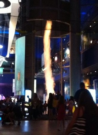 Museum of Science and Industry: tornado anyone?