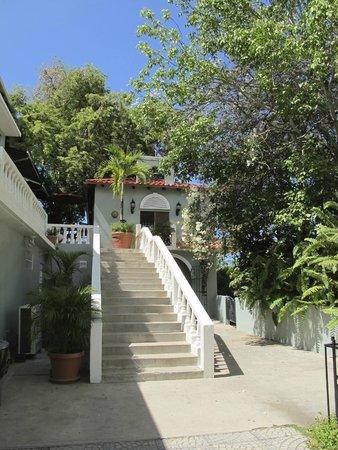 Hacienda Tamarindo: Entryway.