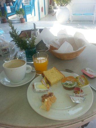 Pension Marias: La colazione ( quasi finita)