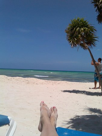 Platinum Yucatán Princess All Suites & Spa Resort: Beach area for Princess was HUGE!