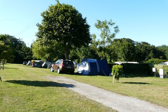 Fauxquets Valley Farm Camping: allées