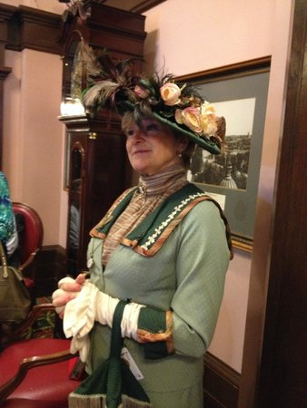 Empress Hotel National Historic Site of Canada: Mandy dressed as an Edwardian lady on Empress Hotel tour.