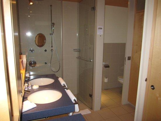 A-ROSA Travemuende: Badeværelse