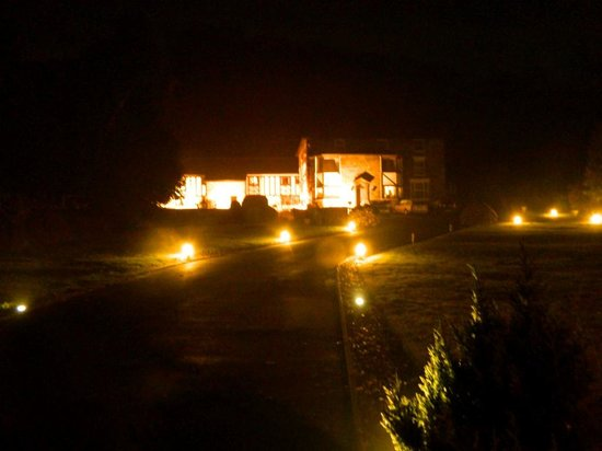 The Mansion House at night
