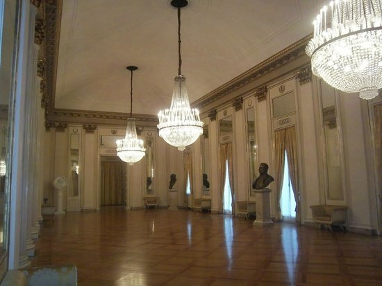 Mailänder Scala (Teatro alla Scala): il sontuoso salone al suo interno