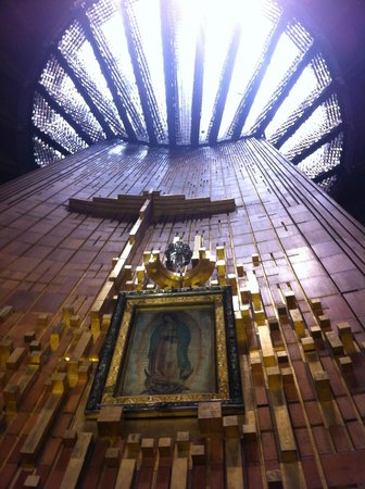 Basilica Lady of Guadalupe and Teotihuacan: Basílica