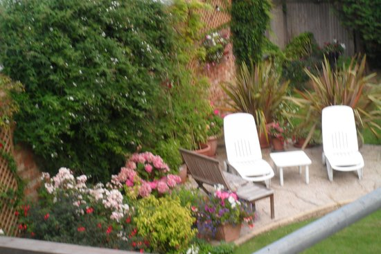 Arden House Bed & Breakfast Bexhill: Part of the beautiful garden
