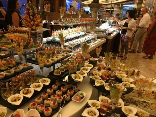 Gloria Serenity Resort: Buffet im Hauptrestaurant