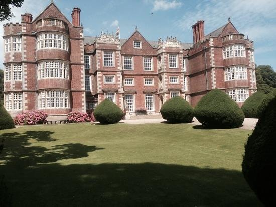 Burton Agnes Hall: beautiful