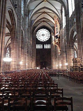 Liebfrauenkathedrale (Onze-Lieve-Vrouwekathedraal): Interior View
