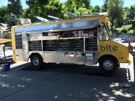 Bite Fresh Food Inc : Bite food truck on location