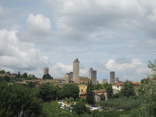 Relais Santa Chiara Hotel: View of San Gimignano towers
