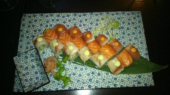 Wasabi d'Azur: PLATEAU MIX ROLLS THON/SAUMON/DAURADE