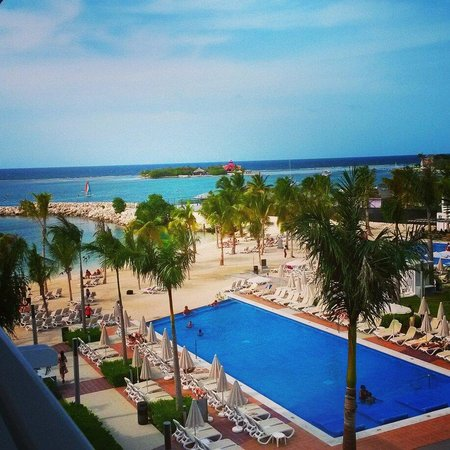 Hotel Riu Palace Jamaica: View from my room 3055