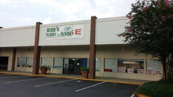 Bobe's Hobby House