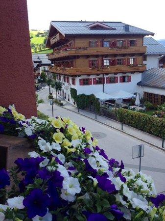 Hotel Sonnblick : Vista da sacada.