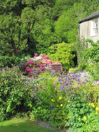Seatoller House: The gardens