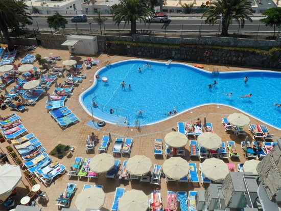 Hotel Revoli : The view from our balcony